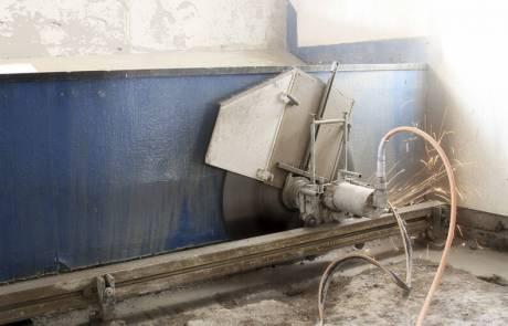 Стенорезная машина Pentruder 6-10HF в действии
