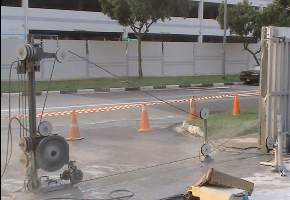 Резка канатной машиной Pentruder 3P8 в Сингапуре
